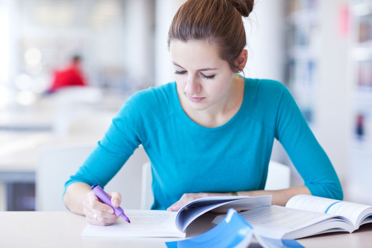a helpful person essay